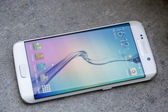 Shot of New Samsung S6 Edge — Stock Photo