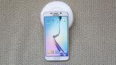 Aufnahme des neuen Samsung S6-Rand — Stockfoto