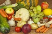 Fresh organic fruits and vegetables from local farms. Diet raw food ready to eat. Fruit and vegetables on the farm. — Stock Photo