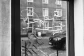 Danzig, Architektur, Reflexionen in Schaufenstern. Künstlerische Blick — Stockfoto