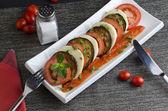 Grilled aubergine,tomato and mozzarella — Stock Photo