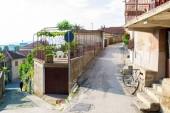 прекрасный и аутентичные улица старого города средиземноморья — Стоковое фото