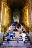 ROME, ITALY - OCTOBER 30: People pray at Holy Stairs, Scala Santa, in Rome, Italy on October 30, 2014. — Stock Photo