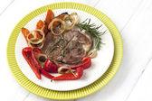Carne com legumes — Fotografia Stock