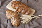 Fresh rye loaf of bread , rustic style — Stock Photo