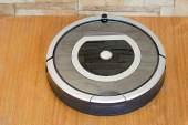 Robotics - the automated robot the vacuum cleaner. — Stock Photo