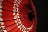 Parapluie rouge japonais — Photo