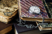 Old books and  pocket watch — Zdjęcie stockowe