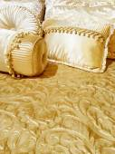 Luxurious silky bedding — Foto de Stock