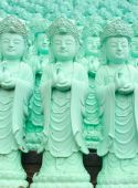 Statue of Guanyin green — Stockfoto
