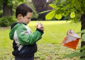 Child orienteering — Stock Photo