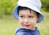 Dítě v přírodě — Stock fotografie