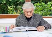 Happy elderly woman — Stock Photo