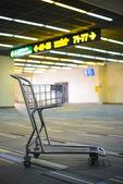 Zavazadlo vozík — Stock fotografie