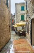 The rain in town — Stockfoto