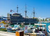 The tourist galleon — 图库照片
