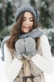 Beautiful woman in winter time — Stock Photo
