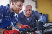 Two mechanics at the service — Stock Photo