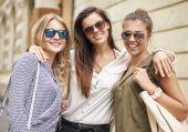 Attractive female friends — Stock Photo