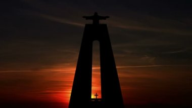 Sunrise and Statue of Christ the King. Time Lapse — Stock Video