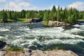 Threshold Padun. Umba River, Kola peninsula, Russia — Stock Photo