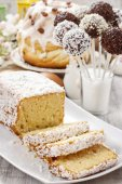 Easter table with cakes — Stock Photo