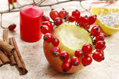 How to make apple candle holders for christmas — Stock Photo