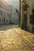 Kanonicza street in early morning light, Krakow, Poland. — Stock Photo