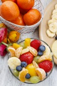 Fruit salad in glass bowl — Stock Photo