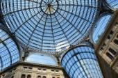 Vnitřní archirectural podrobnosti o umberto i galerie v neapoli, itálie — Stock fotografie