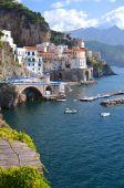 Scenic view of village atrani on amalfi coast in italy — Foto Stock