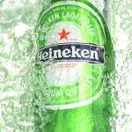 ������, ������: Heineken lager beer in splashed water