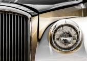 Shiny Antic Limousine Closeup of the Front — Stock Photo