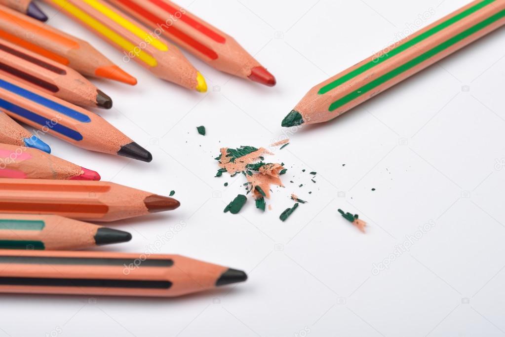Карандаш разных цветов