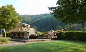 Tank and gun, participated in the Ardennes operation — Stock Photo