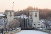 Volga-Don canal named after VI Lenin, the gateway 2, winter Volgograd — Stock Photo