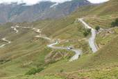 Curving nujiang River 72 turn road in tibet,china — Stock Photo