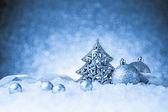 Decoración del árbol de Navidad abeto con adornos — Foto de Stock