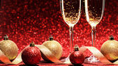 Two glasses of champagne ready for christmas celebration — Stock Photo
