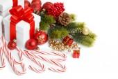 Cadeau met kerstboom en snoep — Stockfoto
