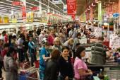 Fila no supermercado — Fotografia Stock