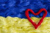 Texture thread with the image of the flag of Ukraine and heart — Stock Photo