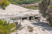 Old police station at Hout Bay reclaimed by sand — Stock Photo