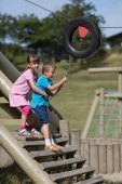 Children at playground — Stockfoto