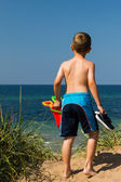Boy heading to the beach — Stock Photo