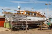 Yacht under repairs — Stock Photo