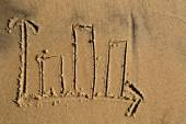 Bar chart drawn in the sand — Stock Photo