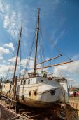 Large sailing boat in dock — Stock Photo