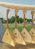 "Four Russian balalaika at the ""Times and Epochs"" in Kolomenskoye — Stock Photo"