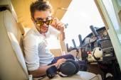 魅力的なパイロット — ストック写真